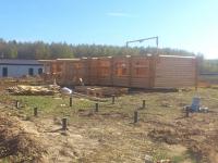 Фундамент на винтовых сваях для дома из бревна